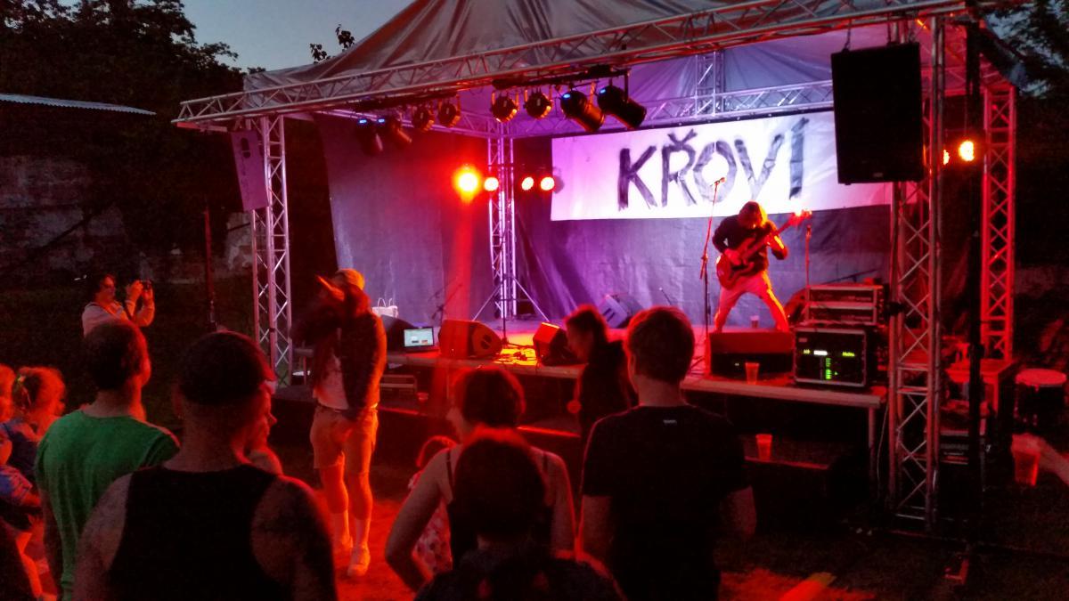 Praha-Žižkov, festival Křoví, 26–27. 5. 2017
